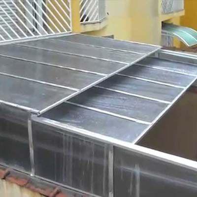 Cobertura de policarbonato retrátil